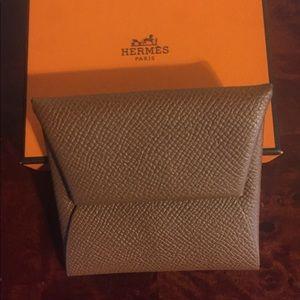 27da3628f6892 Women Hermes Leather Wallet on Poshmark